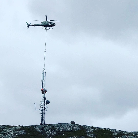 Helicopter Load Lifting at Helinorth